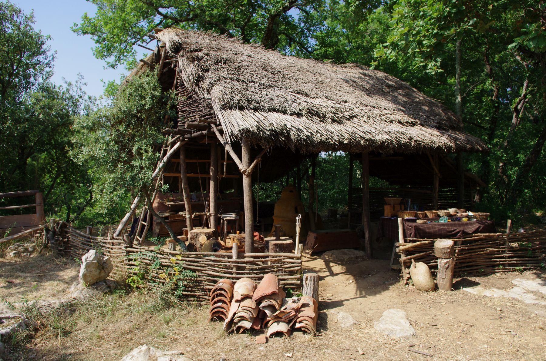 Randa Ardesca Archéosite d'Ardèche - L'atelier du verrier