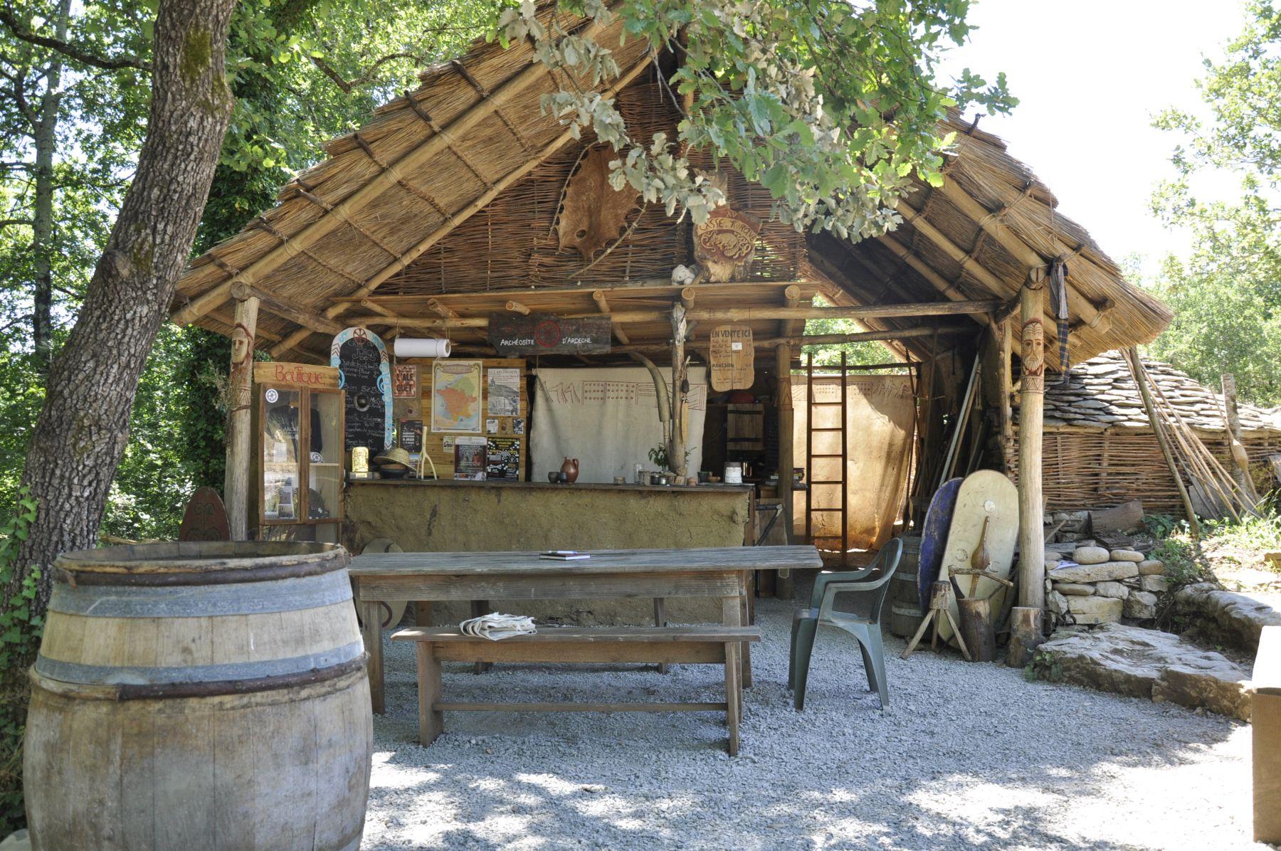 Randa Ardesca Archéosite d'Ardèche - La taverne du Casse-Torque
